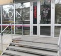 У Житомирі чоловік пограбував продавчиню магазину косметики