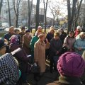 Житомиряни збираються на мітинг проти підвищення тарифів на комуналку. ФОТО
