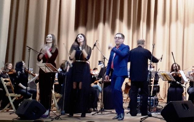 Вчера в Житомирской филармонии звучали мега-хиты рока в симфонической интерпретации оркестра из Хмел ...