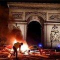 Парижские события должны бы заставить задуматься наших интеллигентов