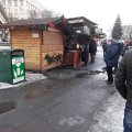Житомиряни вражені ставленням продавця шашликів до старенької бабусі. ФОТО
