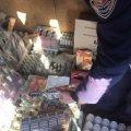 На Житомирщині нелегально виготовляли тютюнові вироби та алкогольні напої