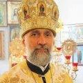 Отець Богдан Бойко: Люди приходили, дивились і фотографували Томос у Житомирі