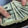 У Житомирі за 1 тисячу доларів намагалися підкупити поліцейського