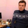 Інвалідний візок - не вирок: Як чоловік із Житомирщини має власну справу, ремонтує техніку і займається спортом