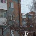 В Бердичеві з дахів будинків звисають 2 метрові бурульки. Хто відповість за трагічні випадки?ФОТО