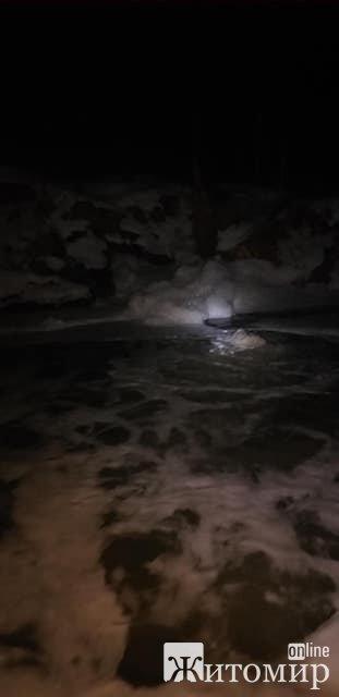 Хто забруднює річку на Житомирщині? ВІДЕО