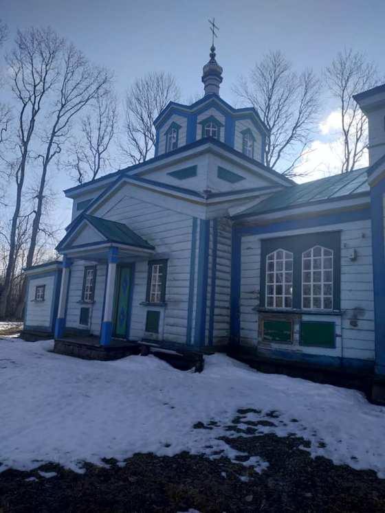 Збудована на Житомирщині в 1889 роках церква і сьогодні приймає охочих помолитися. ФОТО