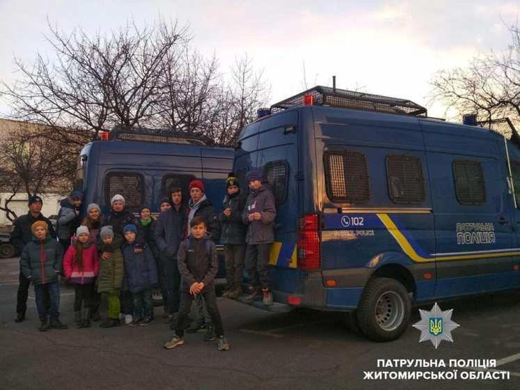 Школярі завітали до управління патрульної поліції в Житомирській області. ФОТО