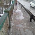 Чи бачить влада Малина з вікон своїх автівок неприбрані тротуари в місті? ФОТО