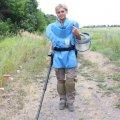 Після декрету на роботу: Як молода мама розміновує українську землю. ФОТО