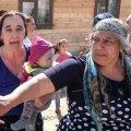 У Черняхові серед білого дня пограбовано літню жінку