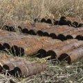 В Житомирській області селяни шукаючи метал, знайшли три артилерійські снаряди