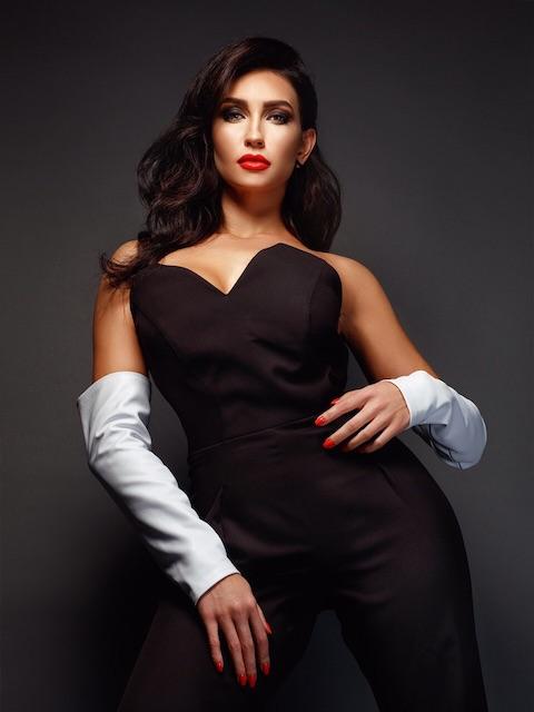 Співачка KUPTSOVA представила нову пісню та розповіла, кому присвячені її пісні. ВІДЕО