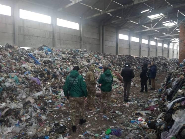 Справу сміттєзвалища на Бердичівщині передали до Міністерства екології України