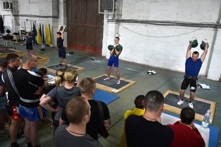 95-та бригада приймала чемпіонат з гирьового спорту Десантно-штурмових військ Збройних Сил України. ФОТО