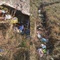 Малинчани скаржаться на відкриту каналізацію, з якої місцеві мешканці зробили смітник. ФОТО