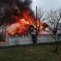 Жахлива пожежа в селищі Гришківці Бердичівського району: вогонь наробив лиха. ФОТО