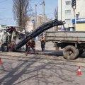 """Для ліквідації ямковості біля трамвайних колій, КП """"ЖТТУ"""" провело поточний ремонт дорожного покриття"""