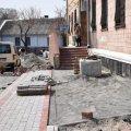 В Олевську тривають роботи по облаштуванню тротуарів