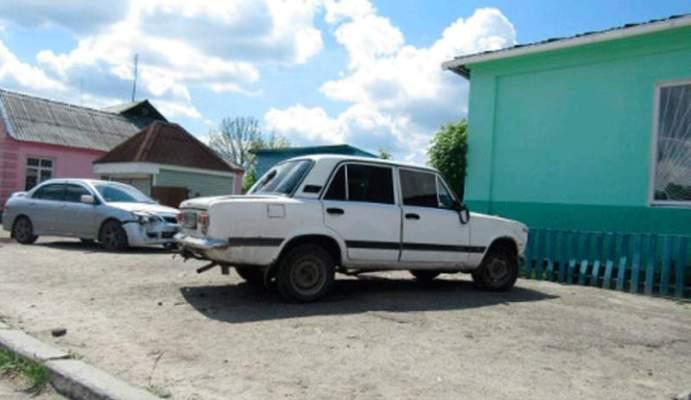 На Житомирщині хлопець вкрав машину і розбив її. ФОТО