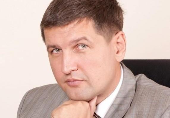 Оновлення влади, демократія та новий парламент - Ігор Попов
