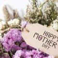 День матери 2019: идеи подарков и традиции праздника