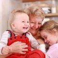 На Житомирщині 27 родин вже оформили заявки на «Муніципальну няню»