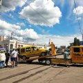 """В Житомирі автівку умільця, який припаркувався на """"зебрі"""", забрав евакуатор. ФОТО"""