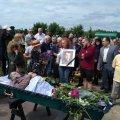 У Житомирі поховали письменника В'ячеслава Шнайдера. ФОТО
