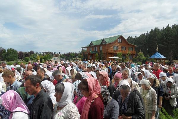 72 жителі Оліївської громади відвідали престольне свято в Жіночому монастирі в урочищі Кипяче