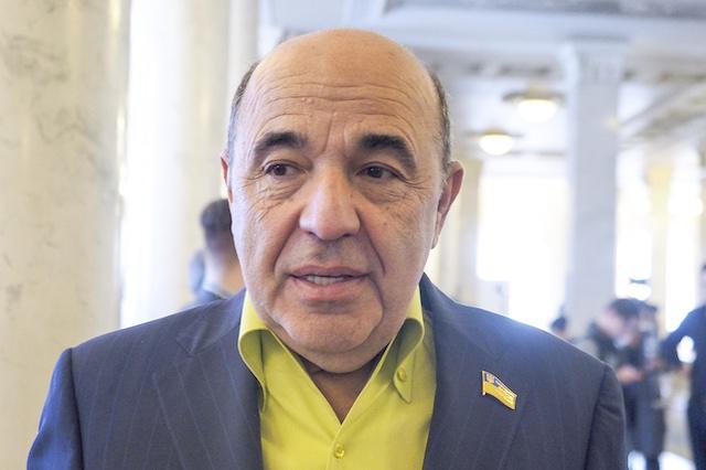 Рабинович: Зеленский слишком быстро из «слуги народа» превратился в барина