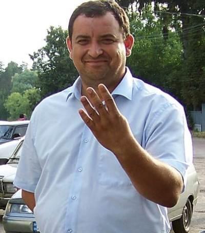 Скандал! Кандидат у нардепи Сергій Кузьміних віддає борги тільки через суд!