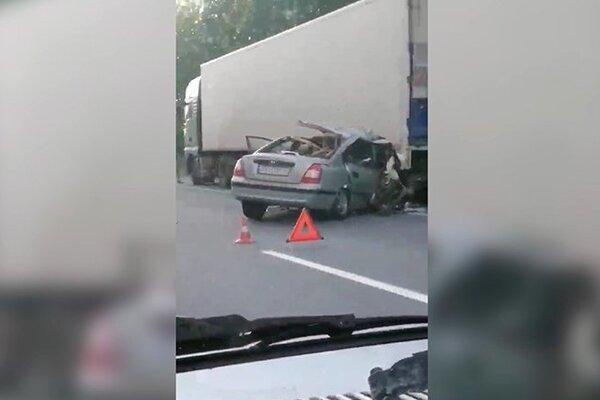 Під Житомиром смертельна ДТП: затор на 20 км повністю паралізував трасу Київ-Чоп. ФОТО