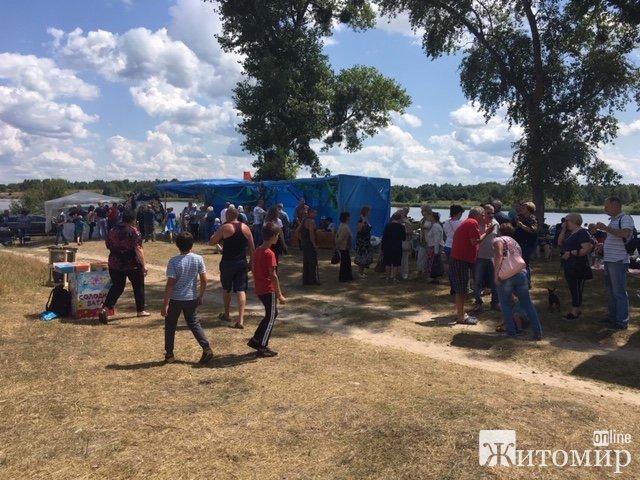 """У Перлявці відбувся обласний рибний фестиваль """"Fish Food Fest"""". ФОТО. ВІДЕО"""
