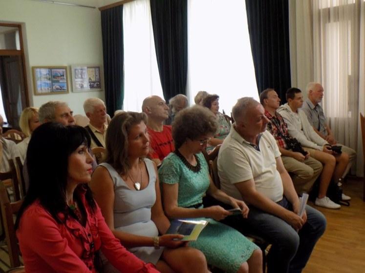 В Житомирі відбулася презентація поетичної збірки «Дорога мусить жити після нас», присвячена пам'яті Юрка Ґудзя