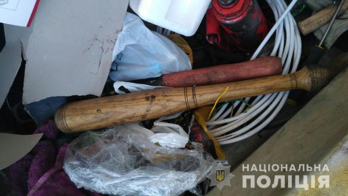 В Коростишеві затримали групу озброєних молодиків біля виборчої дільниці