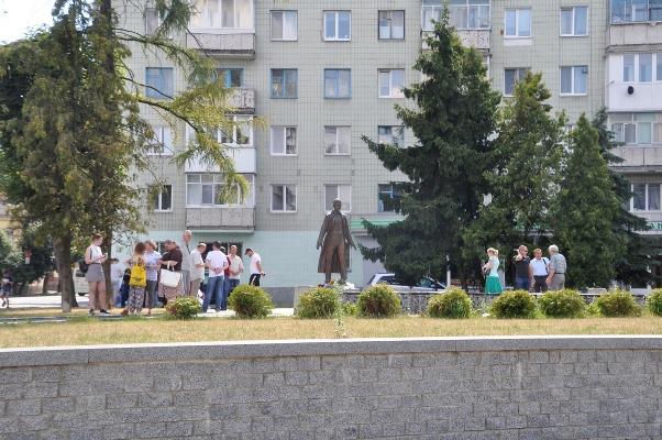 Житомиряни відзначили 112-річчя від дня народження Олега Ольжича. ФОТО