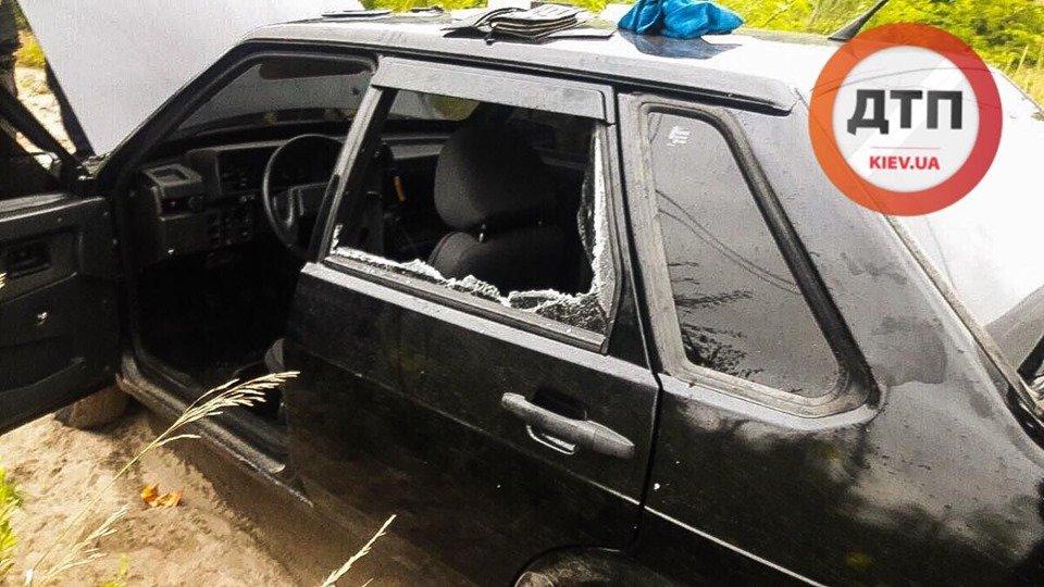 Под Киевом мужчина с двумя пистолетами устроил погоню