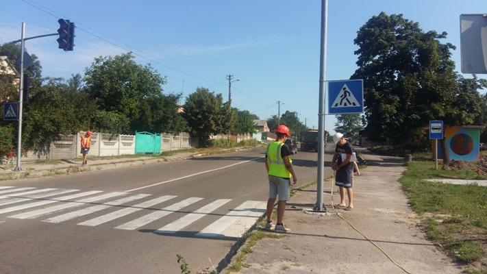 На Житомирщині тестуватимуть роботу 18-ти встановлених світлофорів в селі Гришківці