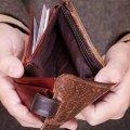 У Бердичеві чоловік при власній дитині витягнув з чужого гаманця гроші