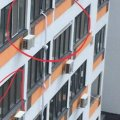 Жена держала взаперти: мужчина сбежал из квартиры по связанным простыням с 5 этажа в Вишневом (ФОТО)
