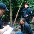 У райцентрі Житомирщини затримали чоловіка з гранатою
