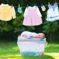 Одяг новонароджених варто прати господарським милом