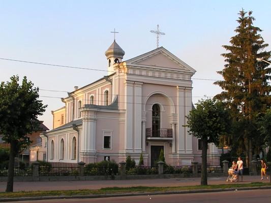 Бердичівський костел Святої Варвари в якому вінчалися Оноре де Бальзак та Евеліна Ганська. ФОТО