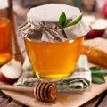 Що таке п'яний мед і чи може він зашкодити здоров'ю?
