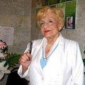 У 97 років щодня ‒ на роботу: у Малині працює найстарша в Україні лікар-акушер