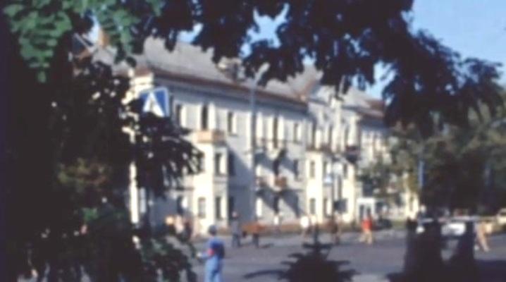 """В Житомирі за 70 років """"виріс"""" будинок: з 3-х поверхового він став 5-ти поверховим. ФОТОДОКАЗ"""