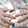 Псевдоцілителька обібрала пенсіонерку на 15 тисяч гривень