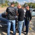 У Житомирі затримали начальника відділу рибного господарства під час отримання хабара